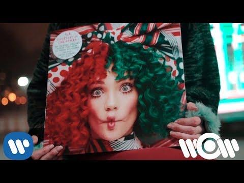 Sia – Santa's Coming For Us (Flash mob at Gorky Park)