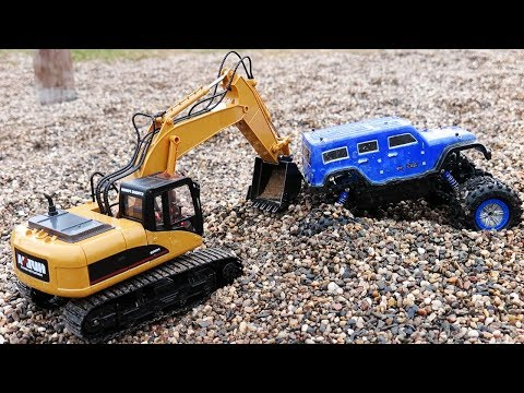 RC toys ADVENTURE – Ride On MONSTER TRUCK – stuck in MUD & GRAVEL w/Excavator digging towing help