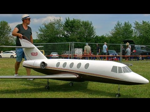 HUGE RC DESAULT FALCON 20 SCALE MODEL AIRLINER TURBINE JET FLIGHT DEMONSTRATION