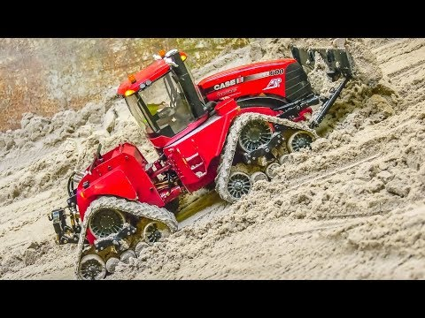 RC Trucks, Tractors and Machines work hard!
