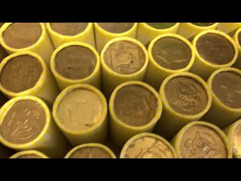 OMG! MULTIPLE SILVER ENDERS!!! Ben Franklin Half Dollar & More!!! Coin Roll Hunting!