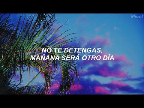 David Guetta & Sia // Flames (Español)