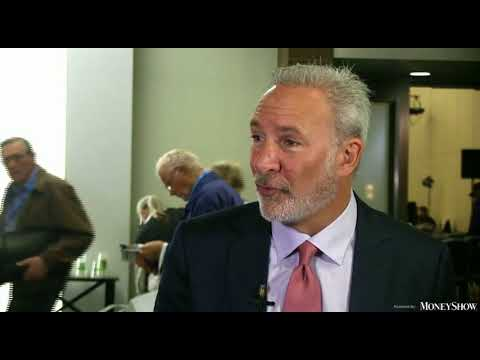 Peter Schiff WARNING–STRANGE GOLD DOES NOT GO UP BUT BITCOIN IS AT 8819$