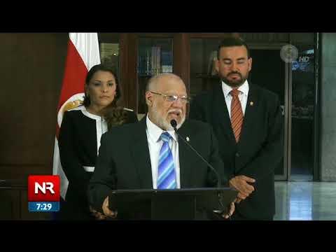 Carlos Alvarado se reunió con PLN  y PRN