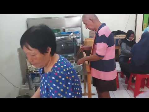 CAKUE TAIWAN ADA DI PASAR 8 ALAM SUTERA