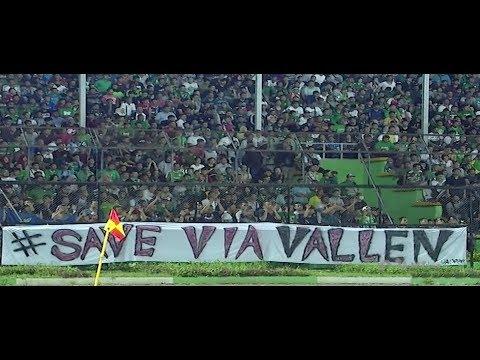 Kenapa Ada Spanduk Save Via Vallen di Stadion Teladan Medan ya?