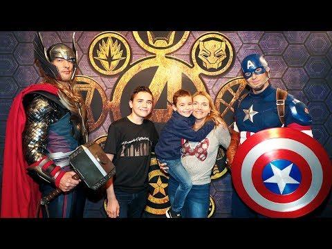ON RENCONTRE LES PERSONNAGES MARVEL ! – L'été des Super Héros Marvel – Disneyland Paris
