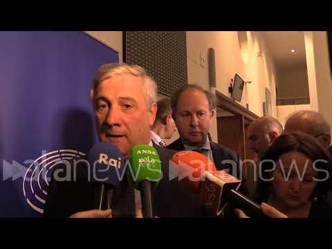 """Copyright, Tajani: """"Spero posizione Di Maio sia personale"""""""