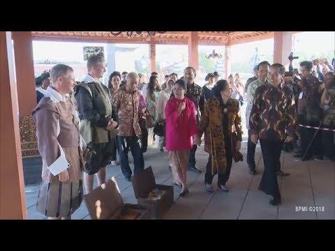 NGAKAK Ada Kejadian Lucu Saat Presiden Jokowi Nonton Trailer Film Sultan Agung