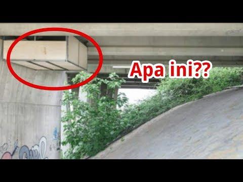 Ada Kota Nempel dibawah Kolong Jembatan, Pas didekati, Semua terkejut ternyata itu