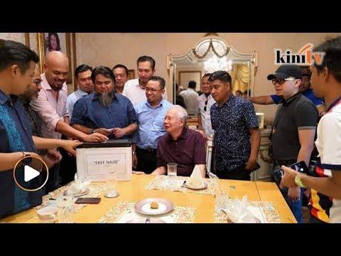 Tak ada manusia dalam dunia 'cool' macam Najib – Razlan