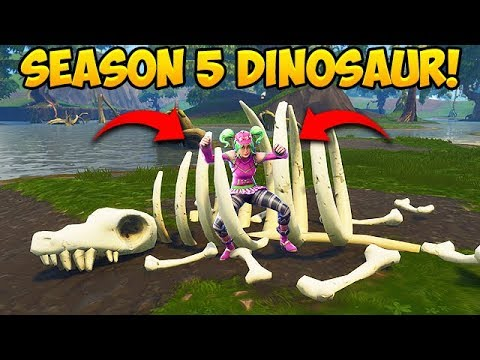 NEW DINOSAUR SKELETON FOUND! – Fortnite Funny Fails and WTF Moments! #253 (Daily Moments)