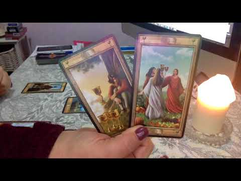 "PISCES 💝 15-31ST AUGUST 2018 ""ON THE VERGE OF A MAJOR LIFE DECISION"" LOVE & GENERAL TAROT & ASTRO"