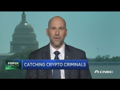 'Cash is king': Criminals still mostly prefer cash over cryptocurrency, FBI financial crimes chief s