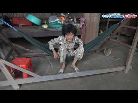 Quà Cô Châu Phạm và Cô Mai Hà tặng người già neo đơn | Cuộc Sống Quê Miền Tây 6/9/2018