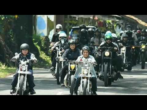Ada Warga Serukan Nama #Jokowi & #Ahok Di LRT Jakarta. Heboh. Why?