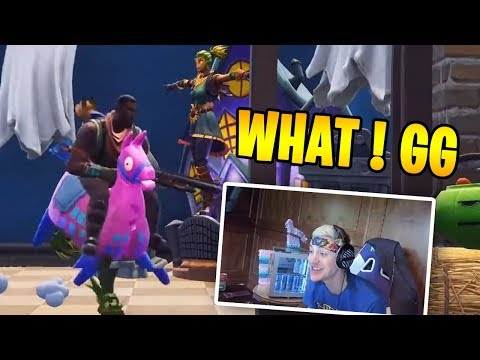 "NINJA Reacts to ""BECOMING A SCARECROW ! T-Pose Emote"" BCC Trolling"