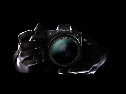 Unboxing Canon EOS R
