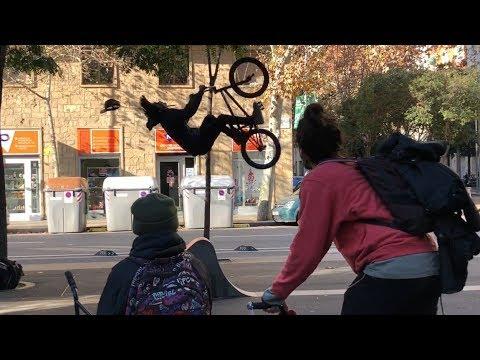 BACKFLIP EN MEDIO DE LA CALLE / LA ULTIMA STREET BCN 2018 / STREET BMX VLOG [SERGIBMX]