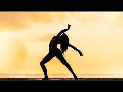 Sia – I'm Still Here (Music Video)