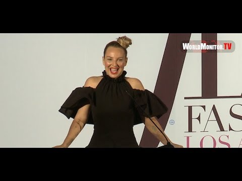 Sia Reveals her Face at The Daily Front Row's 2019 Fashion LA Awards