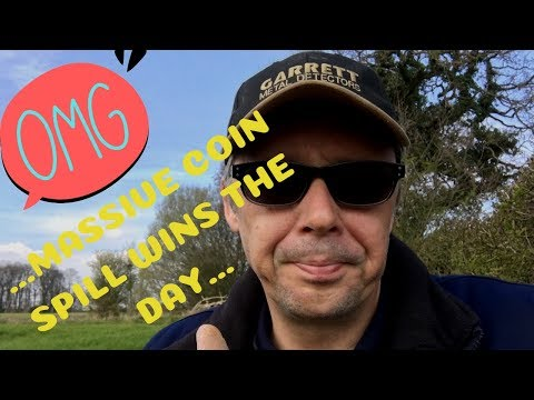 Metal Detecting Finds Uk. OMG Massive Coin Spill 2019