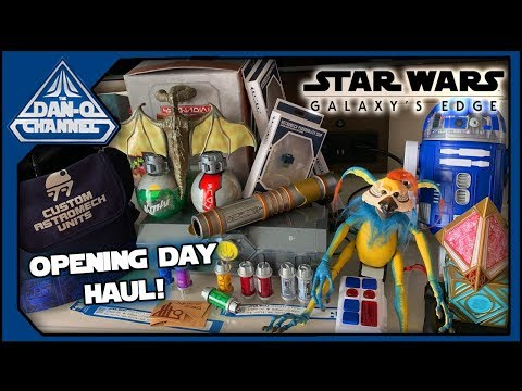 Galaxy's Edge opening day merchandise HAUL! Creatures, droids, lightsabers