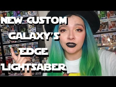 All The Lightsabers Collection|Custom Star Wars Galaxy's Edge | Savis Workshop| Kyber Krystal Review