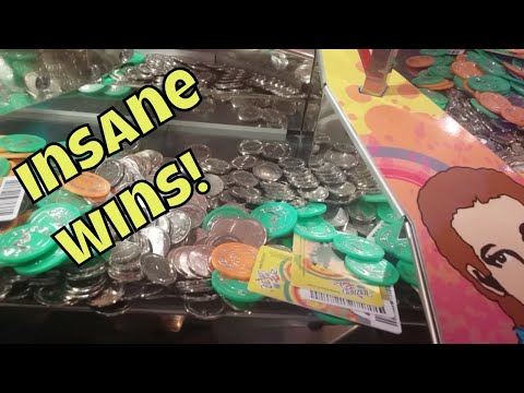 OMG INSANE COIN PUSHER FIND AT THE ARCADE!!!!!!