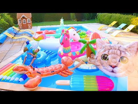 ON REMPLIT LA PISCINE DE GONFLABLES ! Bouée Géante Licorne, Lama Fortnite, Chat, Homard…