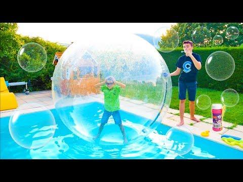 J'enferme mon frère dans une bulle géante ! – Kids Story with Swan and Néo