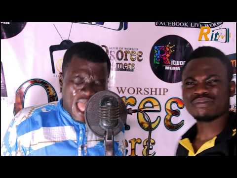 OSORE3 MMERE LIVE WORSHIP WITH DCN. NHYIRABA SHADRACK..Feel the Presence of God