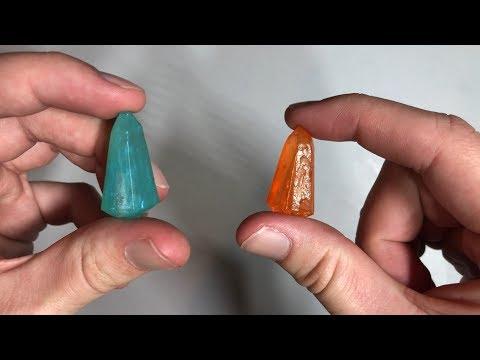 Savi's Workshop Custom Working Blue and Orange Kyber Crystals