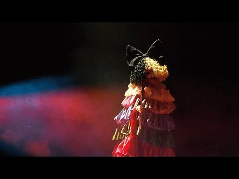 Sia – The Greatest (Live at LGBT Center 2019)