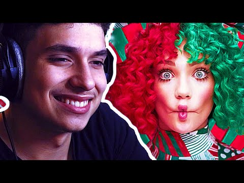 VI3ION Reacts to Sia – Everyday Is Christmas